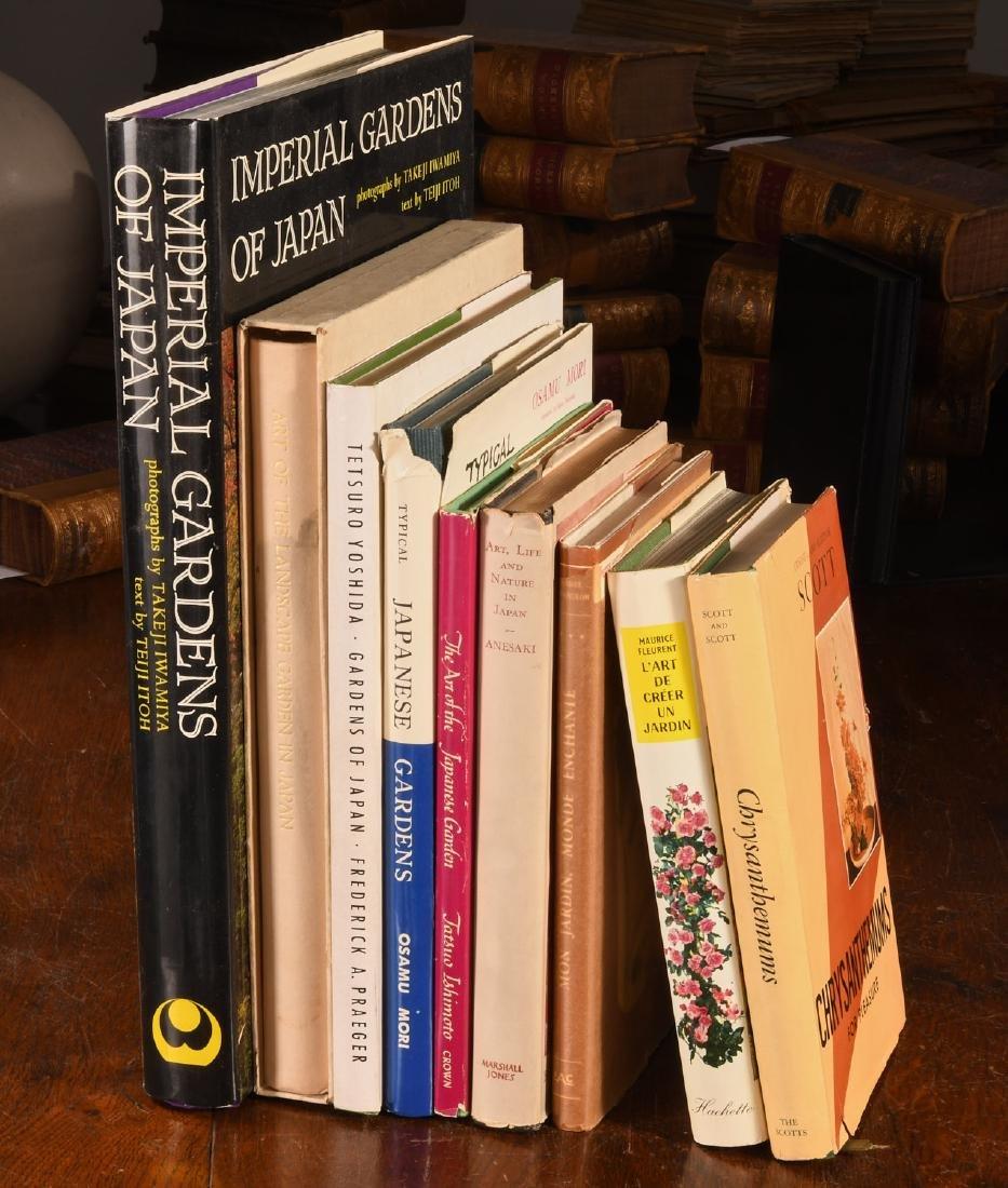 BOOKS: (9) Vols Gardening & Japanese Gardens