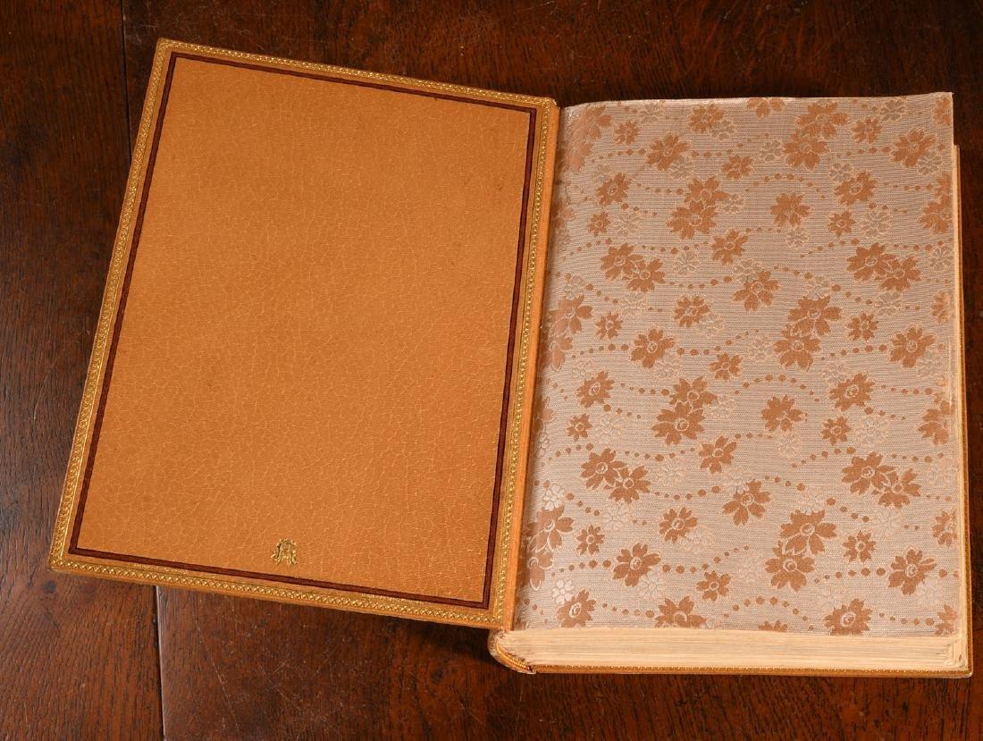BOOK: 903 La Femme et Le Pantin Fine Binding - 4