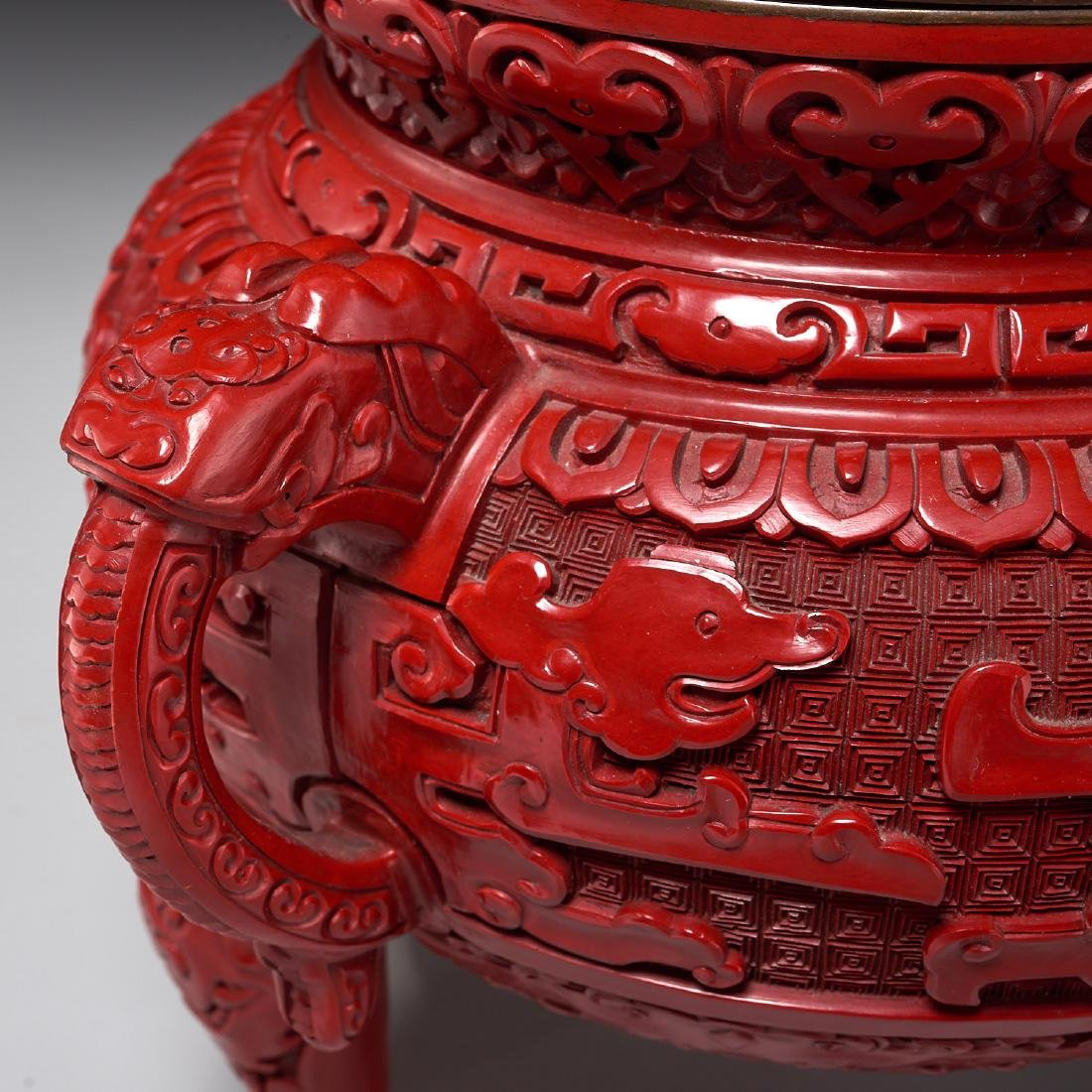 Chinese archaistic style cinnabar lidded censer - 3