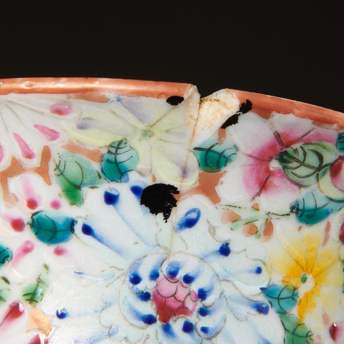 Chinese porcelain millefleurs vase - 7