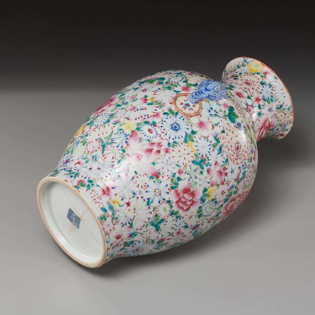 Chinese porcelain millefleurs vase - 9