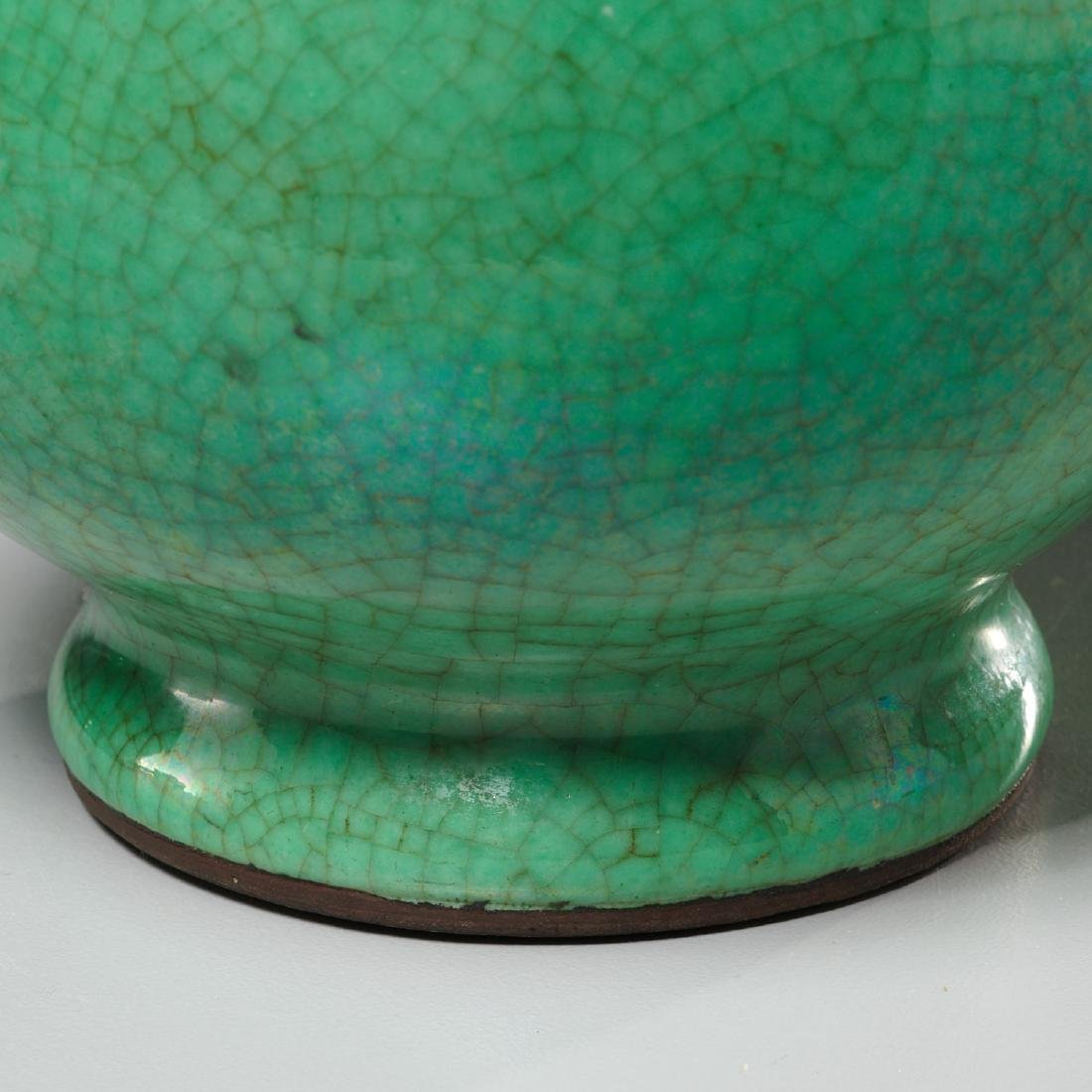 Pair Chinese apple-green crackle glazed vases - 3