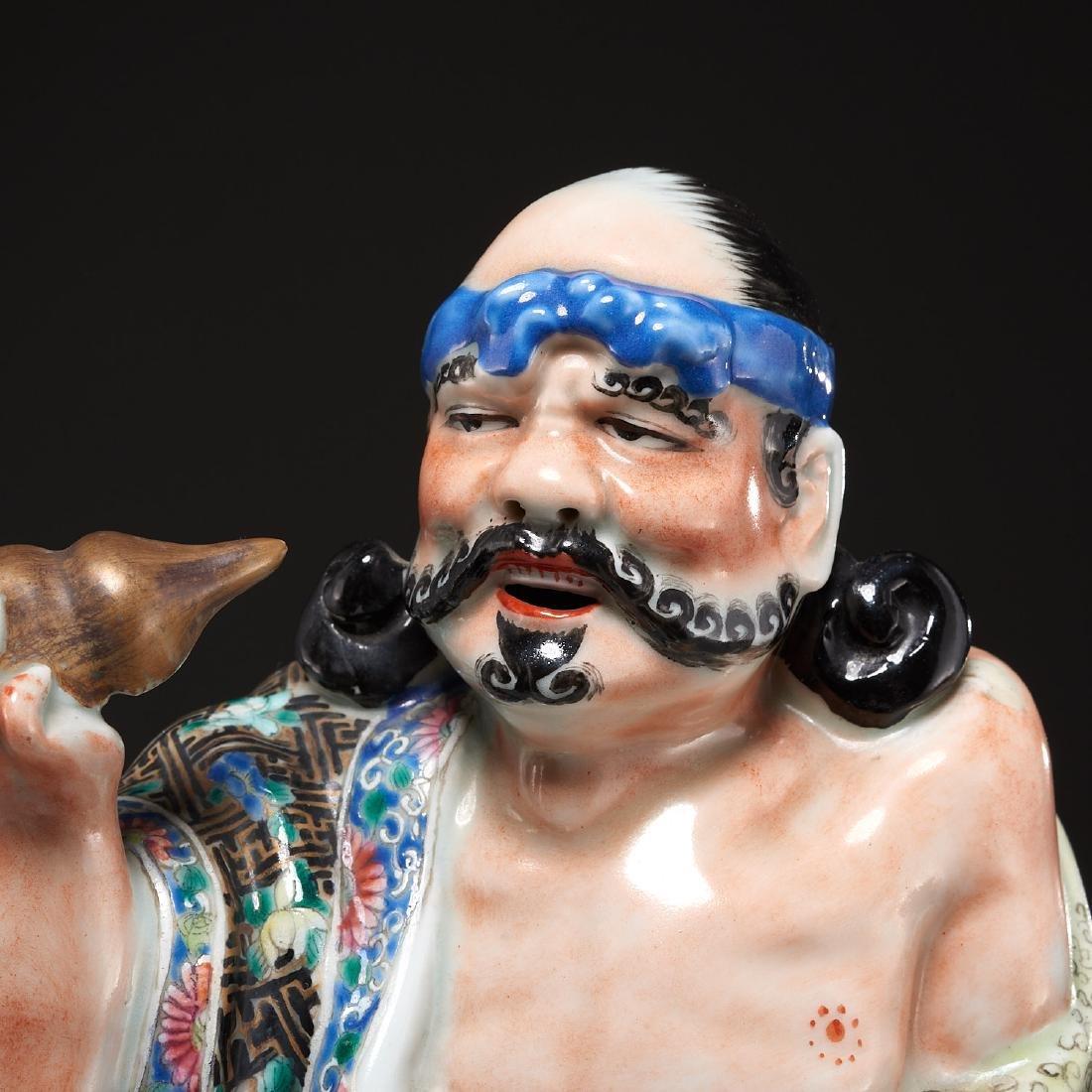 Large Chinese porcelain figure of Li Tieguai - 2