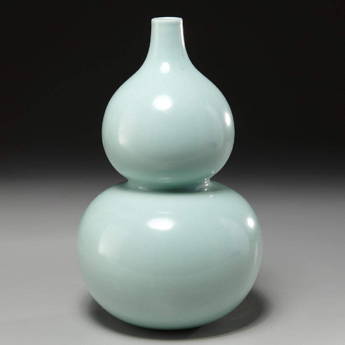 Chinese celadon-glaze double gourd vase