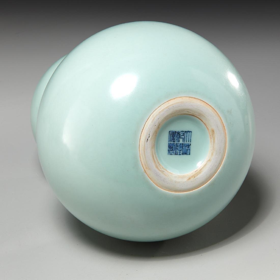 Chinese celadon-glaze double gourd vase - 3