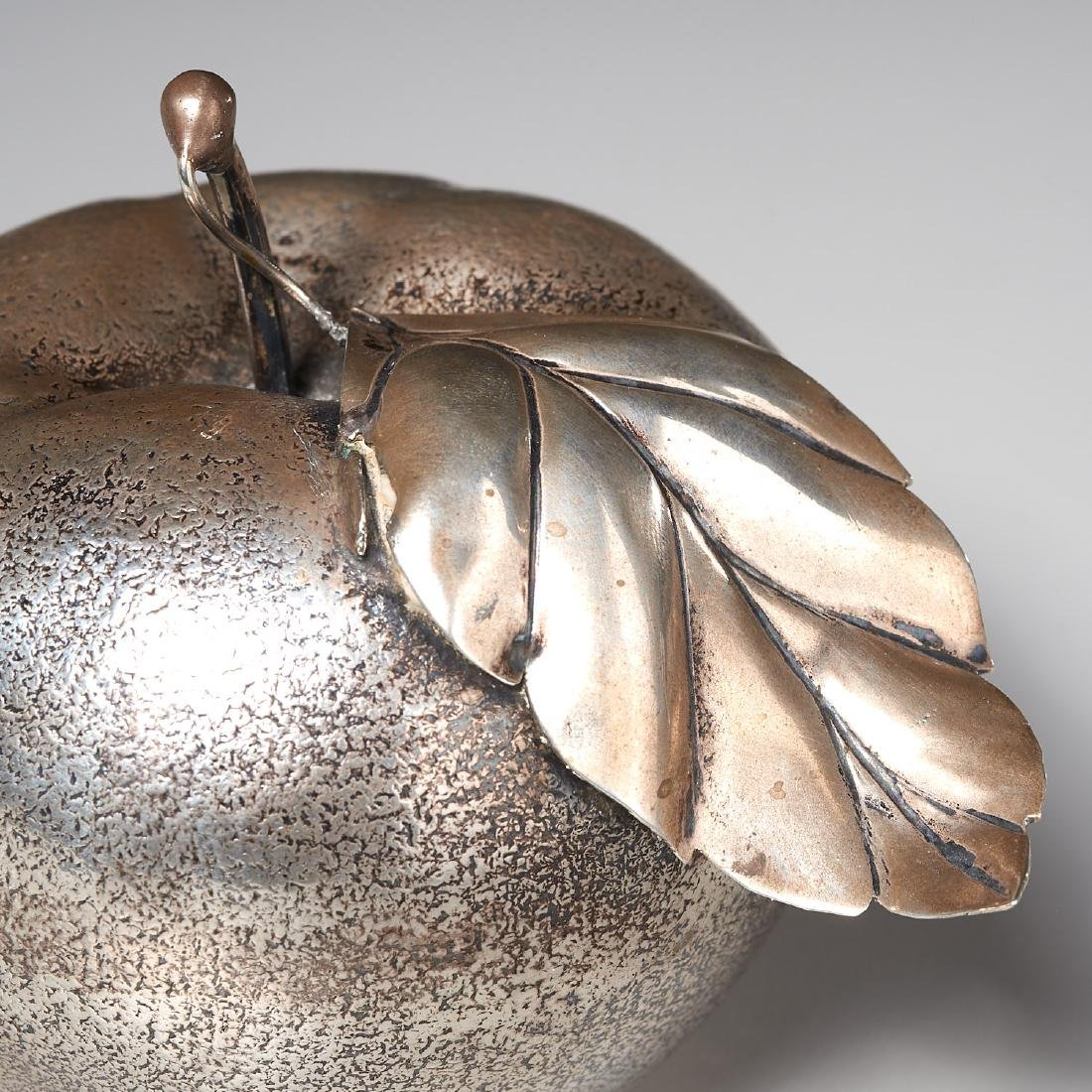Buccellati (attrib.) silver apple lighter - 3