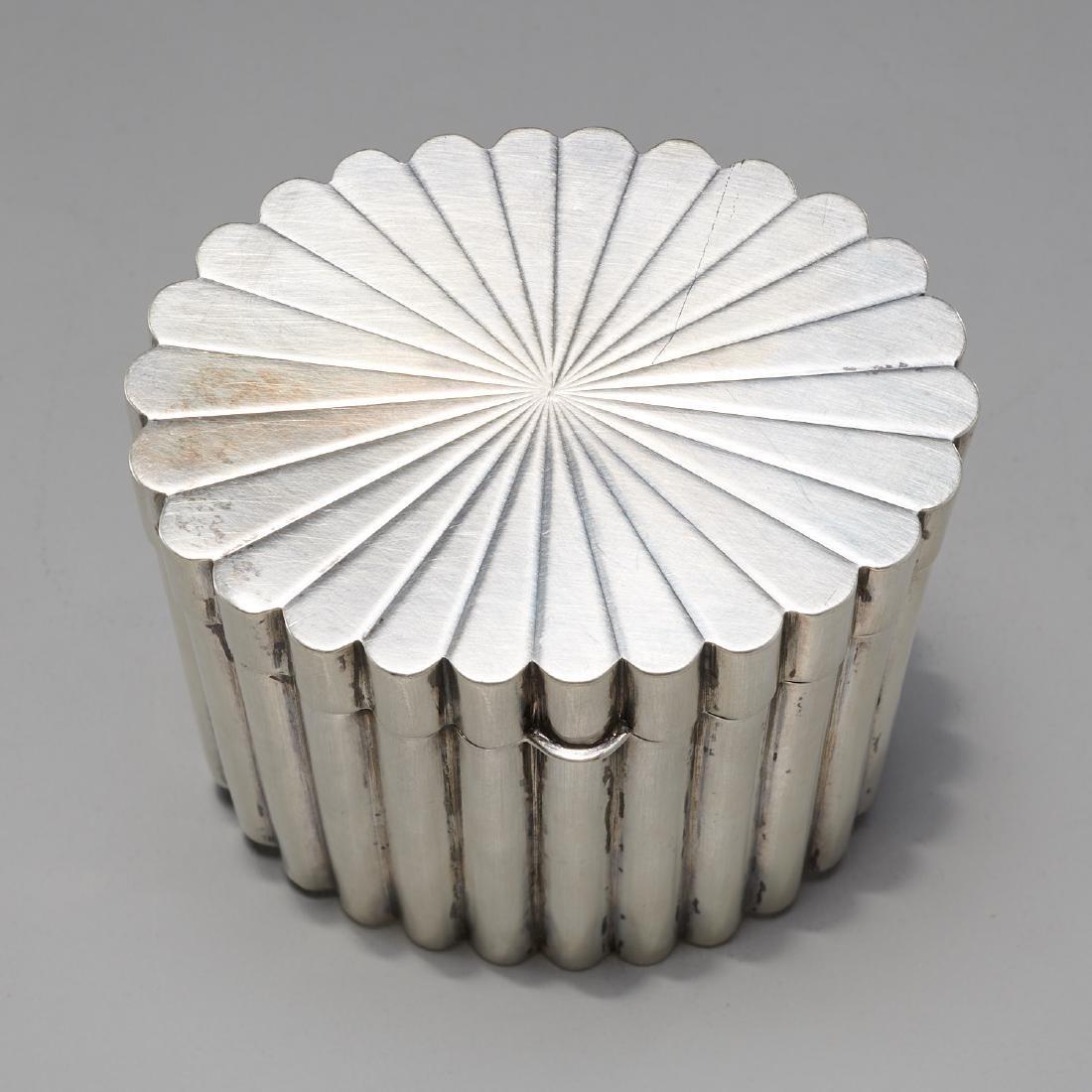 Tiffany & Co. Art Deco silver lidded box - 2
