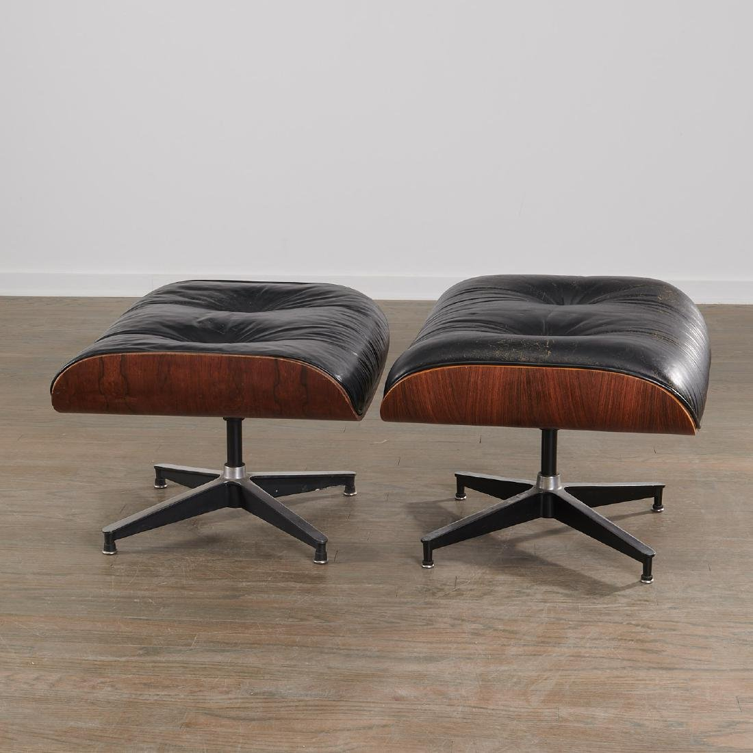 (2) Charles and Ray Eames 671 ottomans - 4
