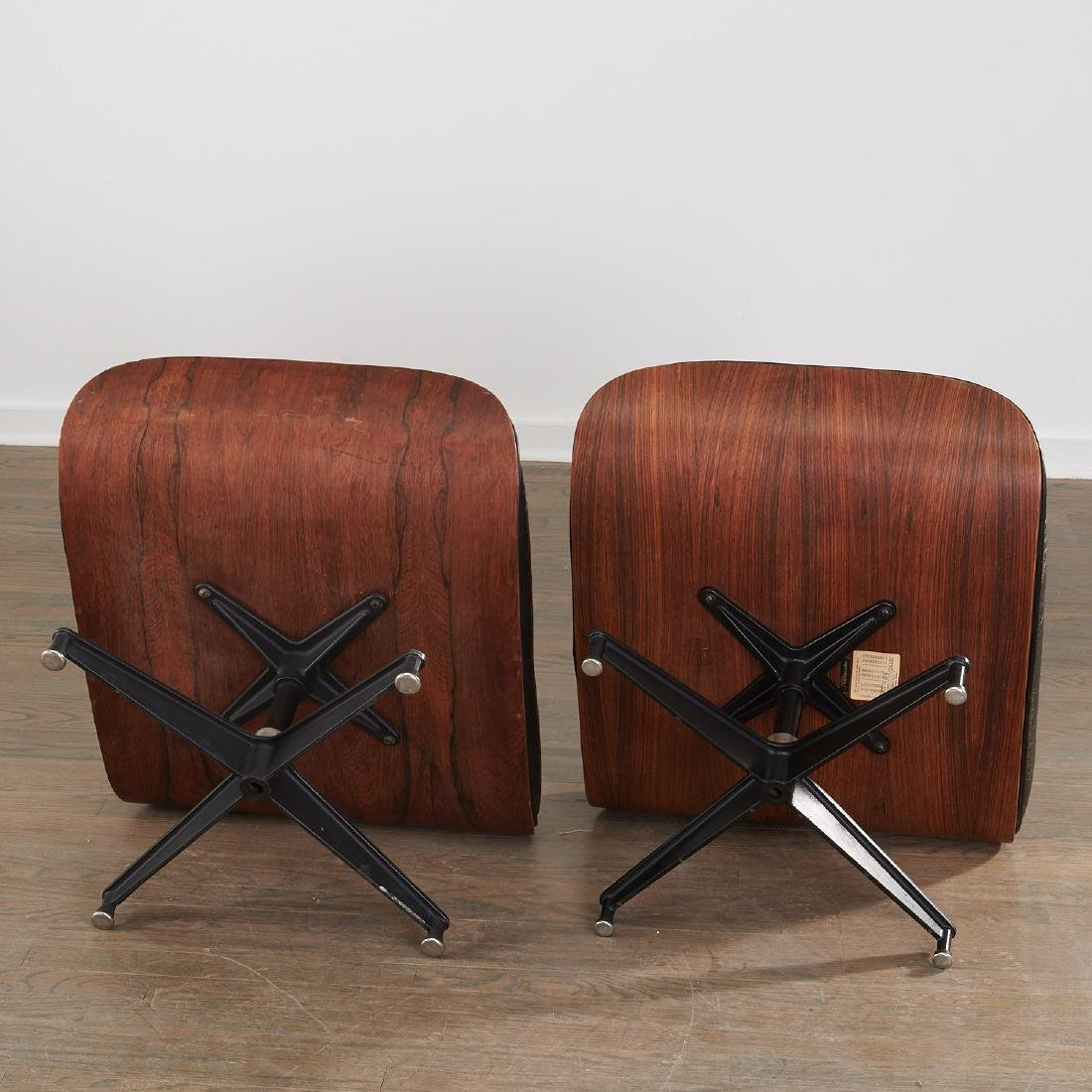 (2) Charles and Ray Eames 671 ottomans - 6