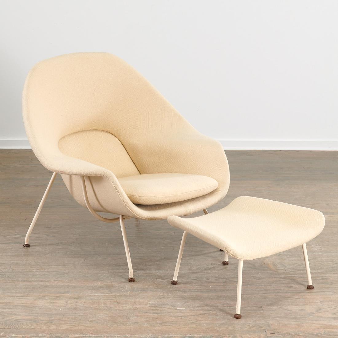 Vintage Eero Saarinen Womb chair and ottoman