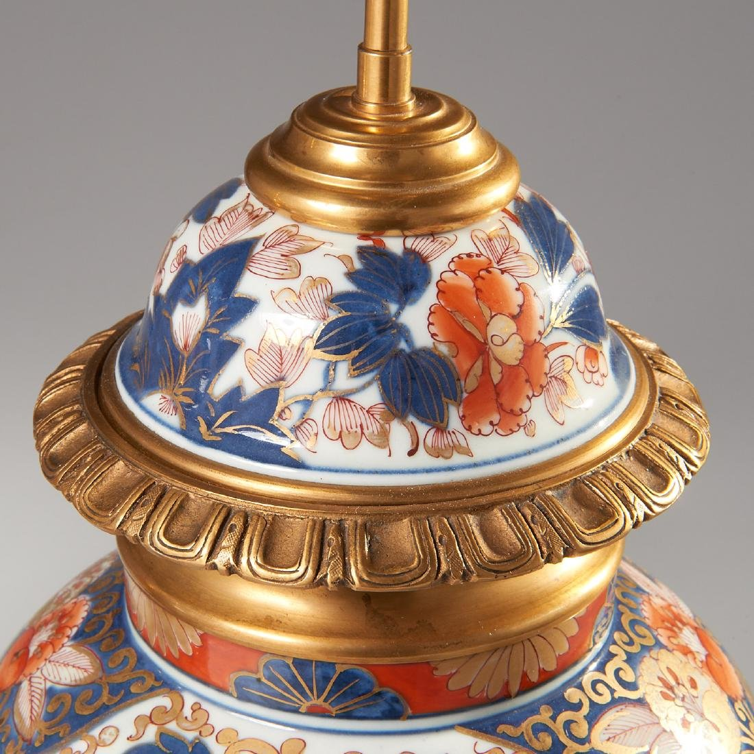 Pair Japanese Imari ormolu mounted lamps - 2