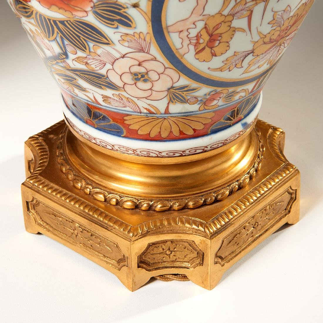 Pair Japanese Imari ormolu mounted lamps - 4