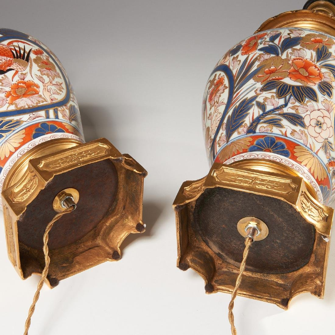 Pair Japanese Imari ormolu mounted lamps - 6