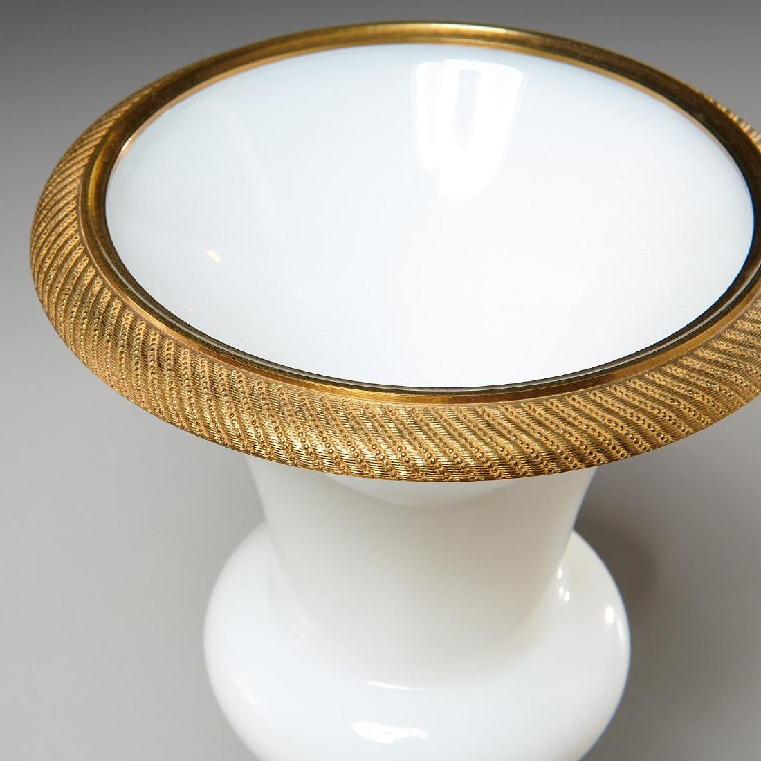 Empire style brass-mounted white opaline glass urn - 3