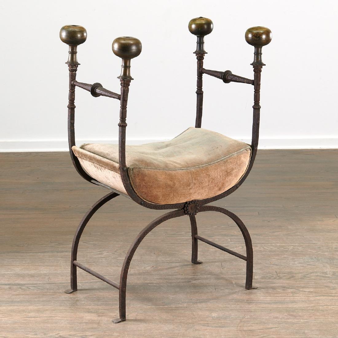 Antique Renaissance style faldistorio stool