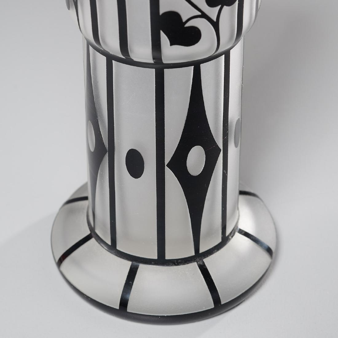 Hans Bolek cameo glass vase for Loetz - 3