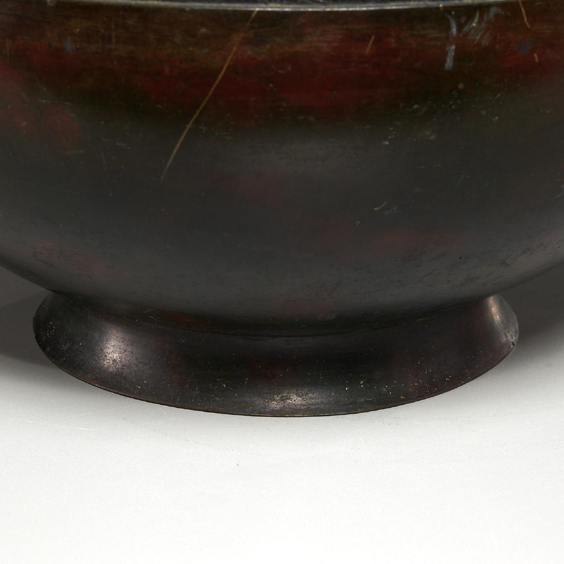 Chinese archaic bronze urn - 4