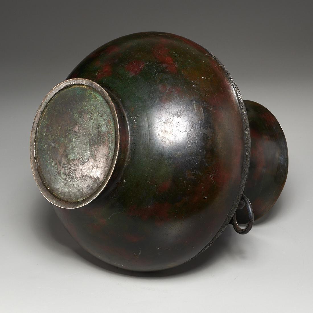 Chinese archaic bronze urn - 7