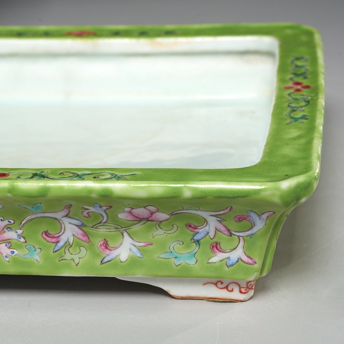 Pair Chinese famille verte jardiniere with trays - 4