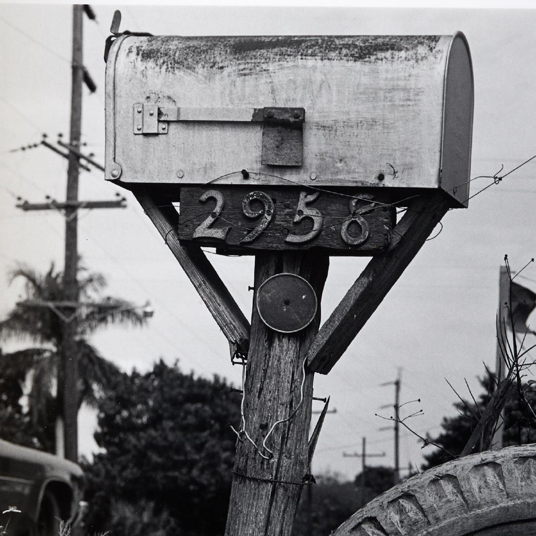 Robert Rauschenberg, Mailbox and Tire, 1979 - 3