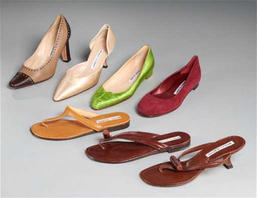 e0ddc09a58e8d2 Group Manolo Blahnik shoes and sandals