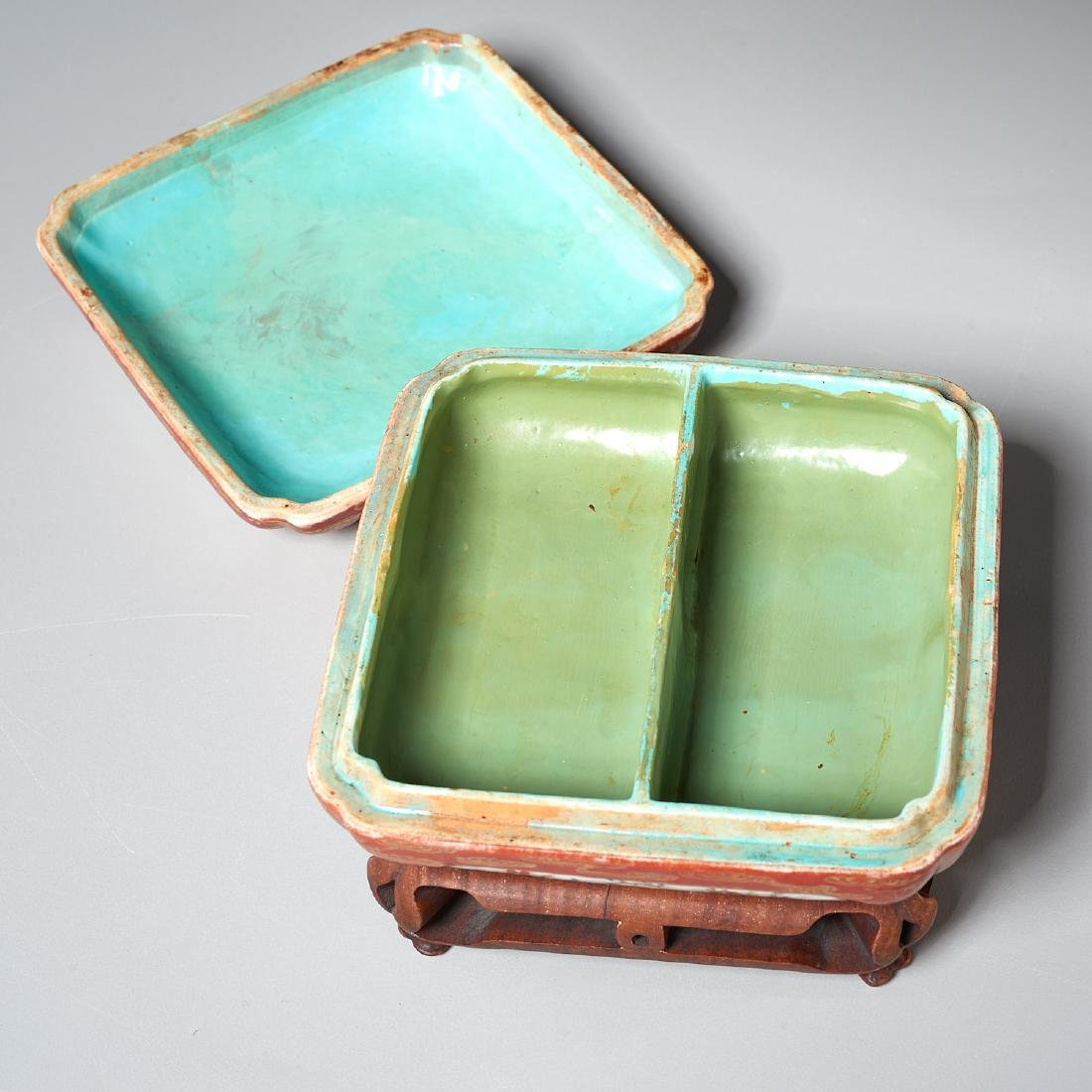 Chinese famille rose lidded box - 3