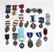 19 Vintage fraternal medals incl Masonic