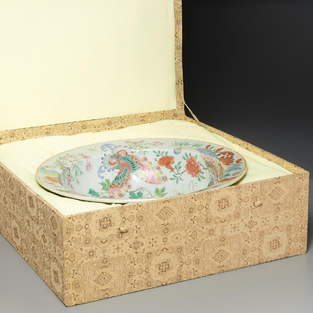 Large Chinese porcelain butterfly bowl - 10