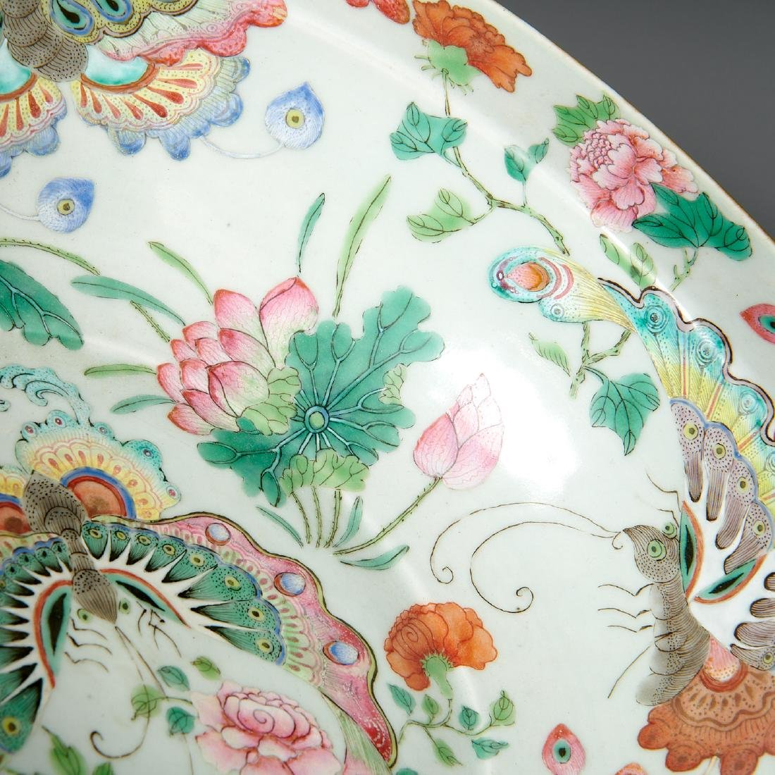 Large Chinese porcelain butterfly bowl - 5