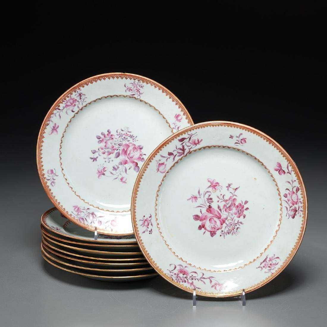 Set Chinese Export hand-painted porcelain plates