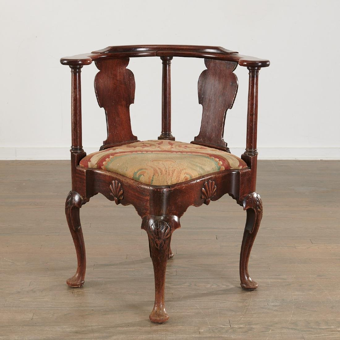 Chippendale carved walnut corner chair