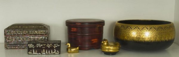 21: Group antique Chinese and Southeast Asian lacquerwa