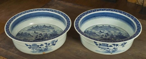 190: Rare pair Chinese Export Canton porcelain tanks