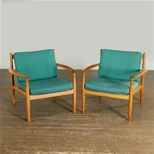Greta Jalk, pair model 118 oak lounge chairs