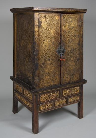 4: Nice antique Thai gilt lacquer scripture cabinet