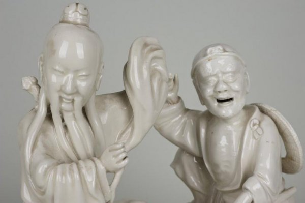23: Pair antique Chinese Dehua porcelain immortal figur - 2