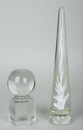 1000: Venini Murano glass obelisk and table ornament