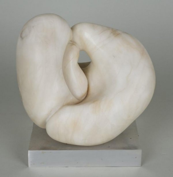 1193: White marble sculpture in the manner of Jean Arp