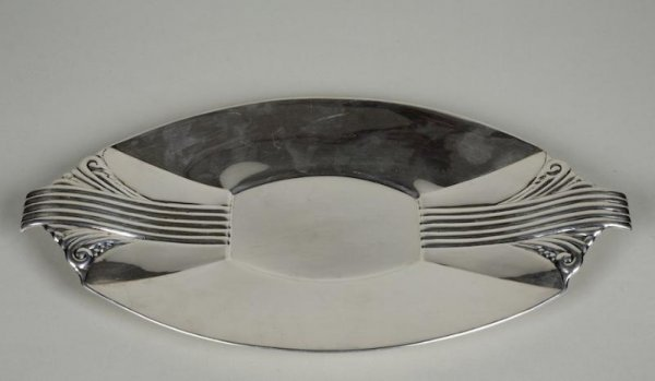 1253: Art Deco sterling silver tray by Reed & Barton