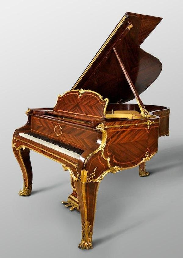 3349: Rare Steinway & Sons grand piano in Louis XV case