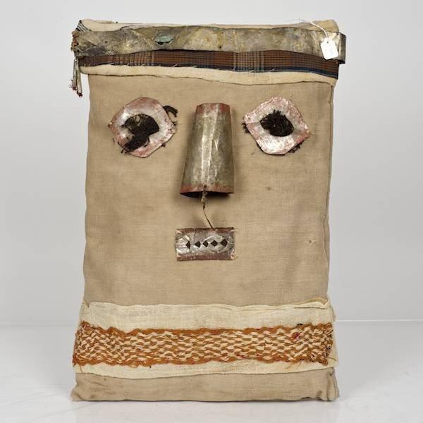 14: Chancay mummy bundle false head