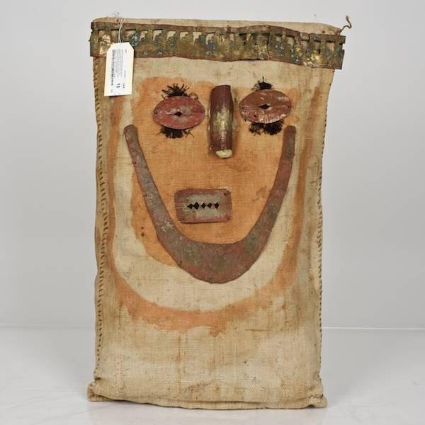 15: Chancay mummy bundle false head