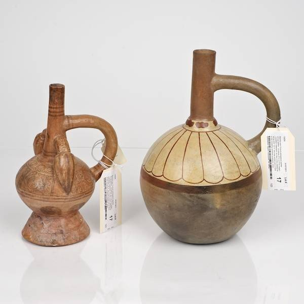 17: Mochica and Chimu/Lambayeque painted stirrup bottle