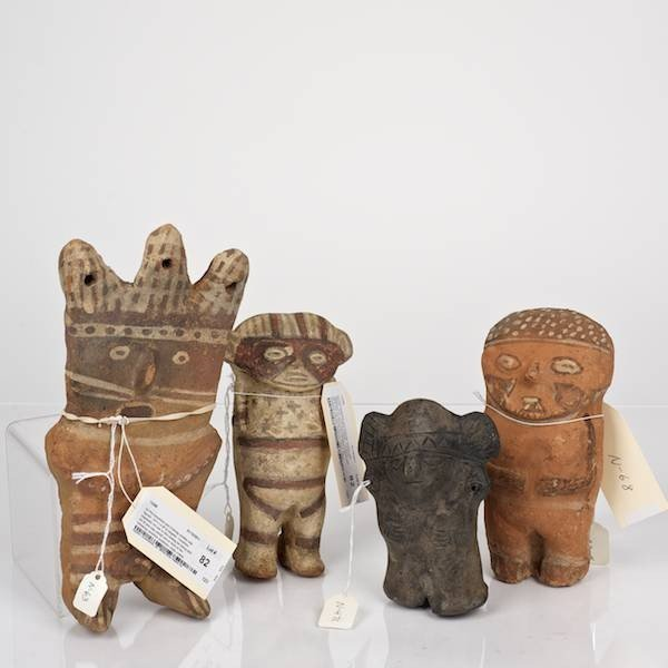 82: (4) Pre-Columbian ceramic and Chancay slab figures