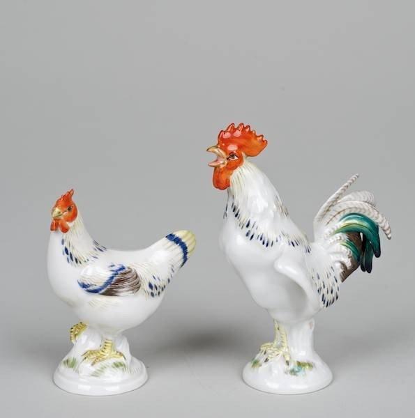 1015: Pair Meissen porcelain models of Chickens