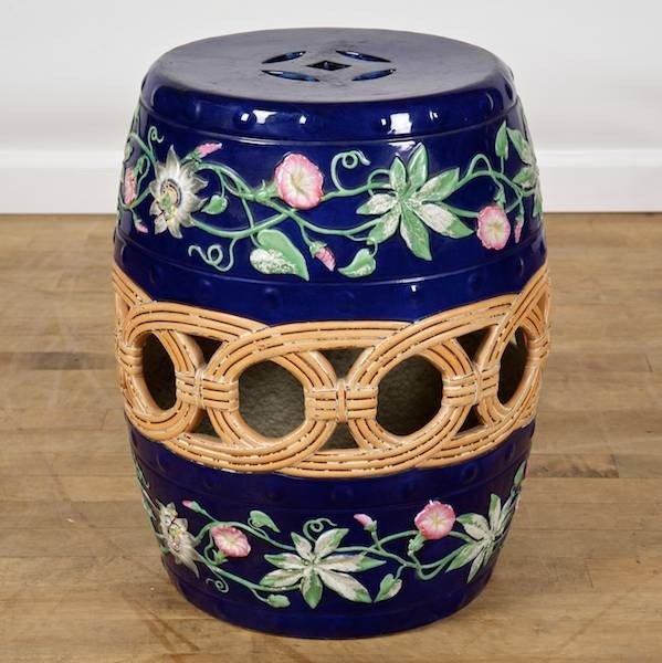 2010: Rare English ironstone Chinese style barrel garde