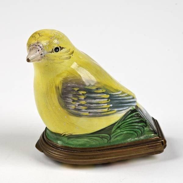 2090: Antique Staffordshire enamel bird-form snuff box