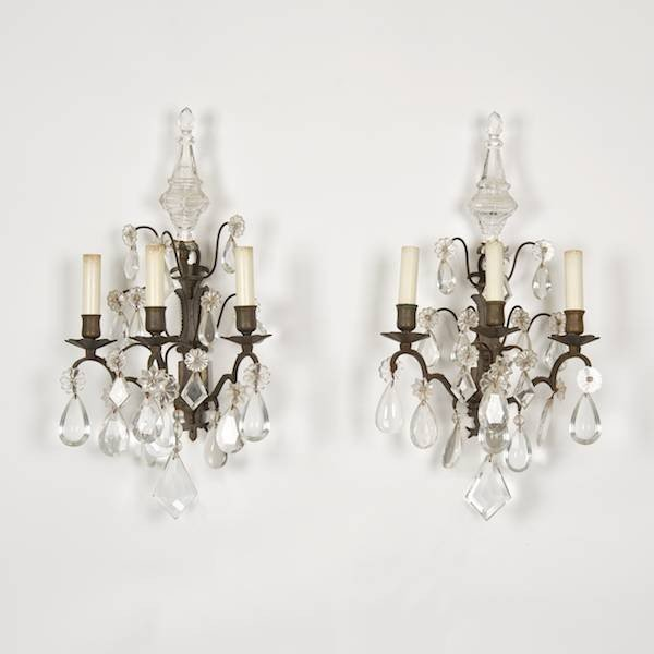3016: Pr. antique Louis XV style bronze crystal sconces
