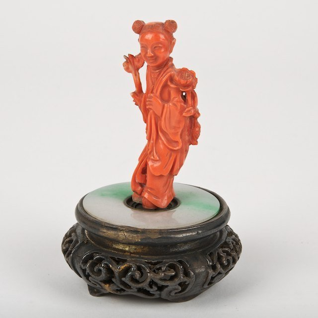 1006: Chinese coral carving of a beauty with jade base