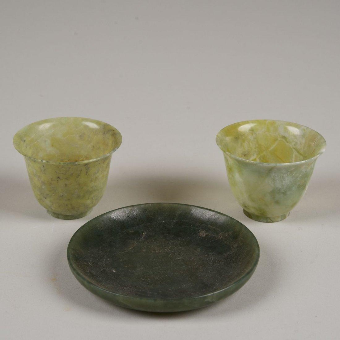 (3) pcs. Chinese green jade table items
